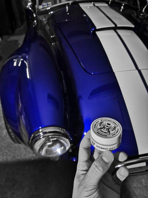 keramický hybridný vosk Hybrid Wax RR Customs aplikovaný na Ford Shelby Cobra AC