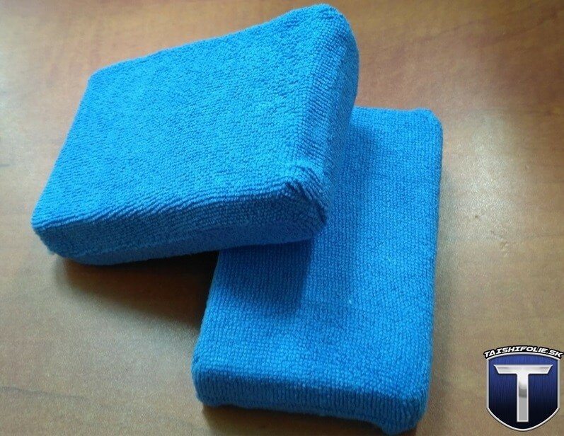 Modrý mikrovláknový aplikátor vosk, sealant, dressing TaishiFolie